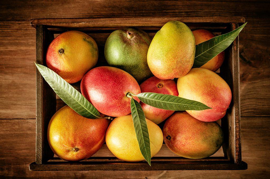 Mango pre mixed drink garnish